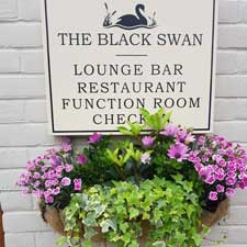 welcome-to-the-black-swan-inn